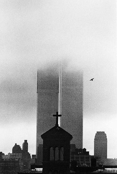 Andre_kertesz_worldtradecenter_2