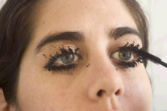 Ugly MascaraUgly Clumpy Eyelashes